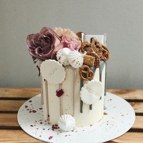 27 Sweetest Cake Pictures 10
