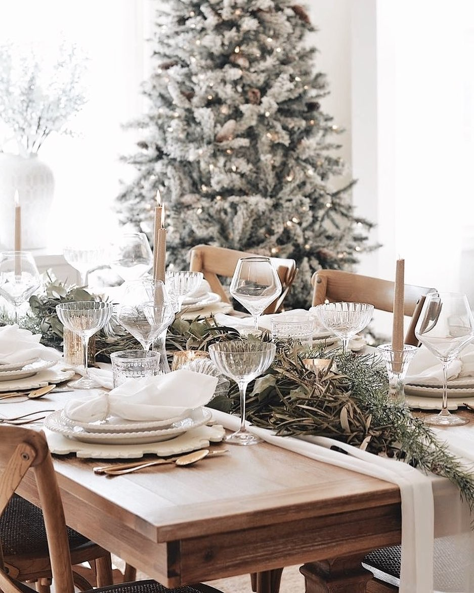 56 WONDERFUL AND CAREFUL CHRISTMAS TABLES Pictures 1