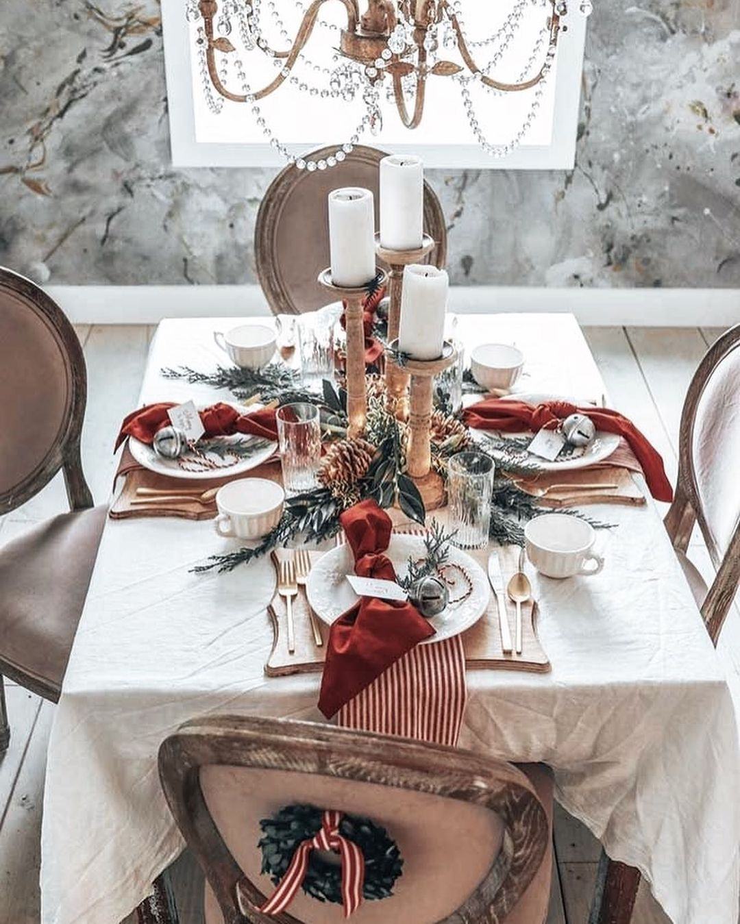 56 WONDERFUL AND CAREFUL CHRISTMAS TABLES Pictures 14