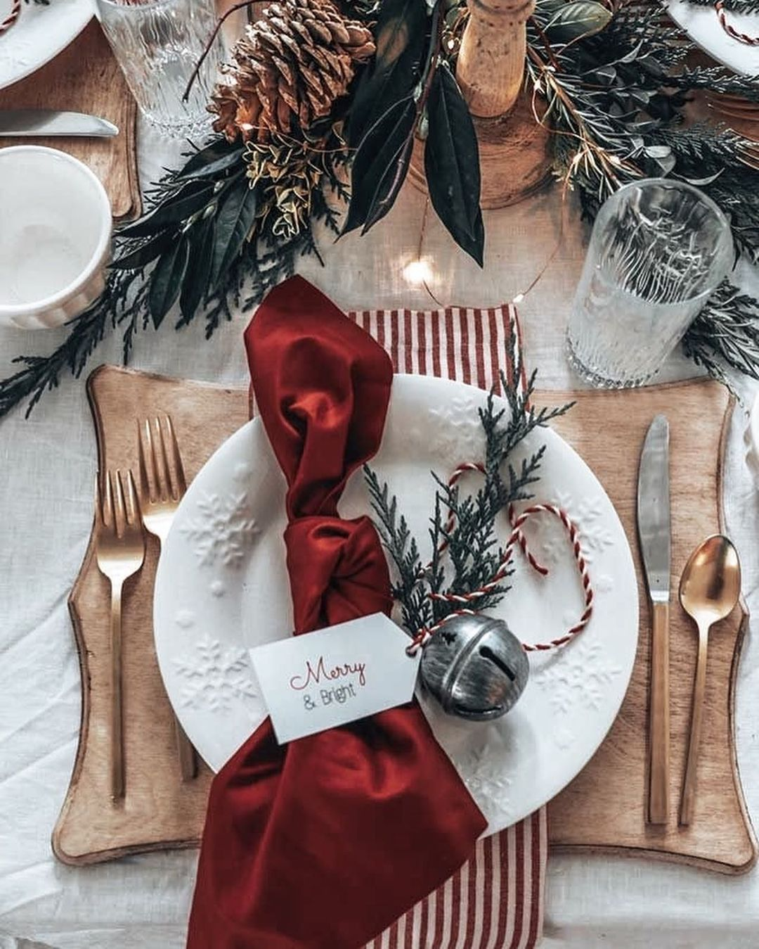 56 WONDERFUL AND CAREFUL CHRISTMAS TABLES Pictures 19