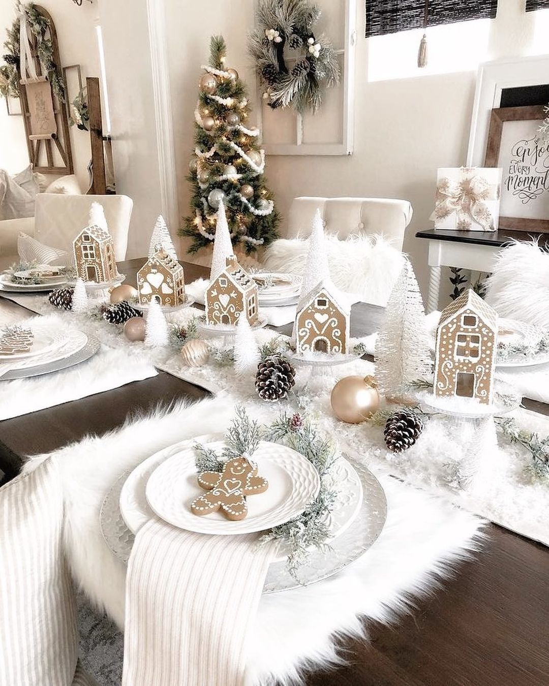 56 WONDERFUL AND CAREFUL CHRISTMAS TABLES Pictures 34