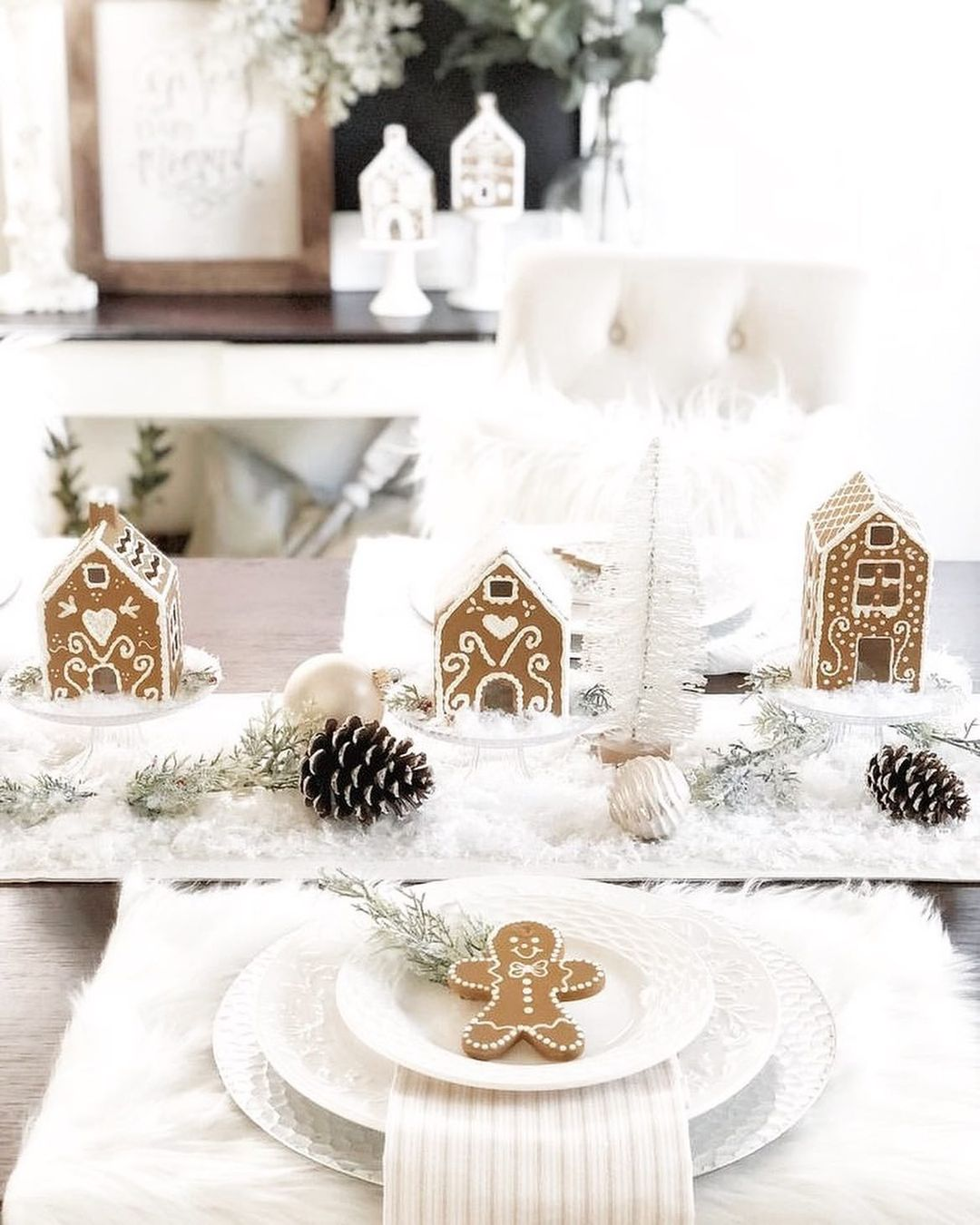 56 WONDERFUL AND CAREFUL CHRISTMAS TABLES Pictures 35