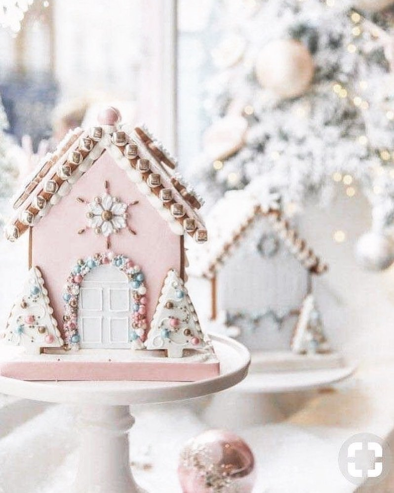 56 WONDERFUL AND CAREFUL CHRISTMAS TABLES Pictures 36