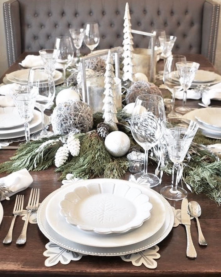 56 WONDERFUL AND CAREFUL CHRISTMAS TABLES Pictures 42