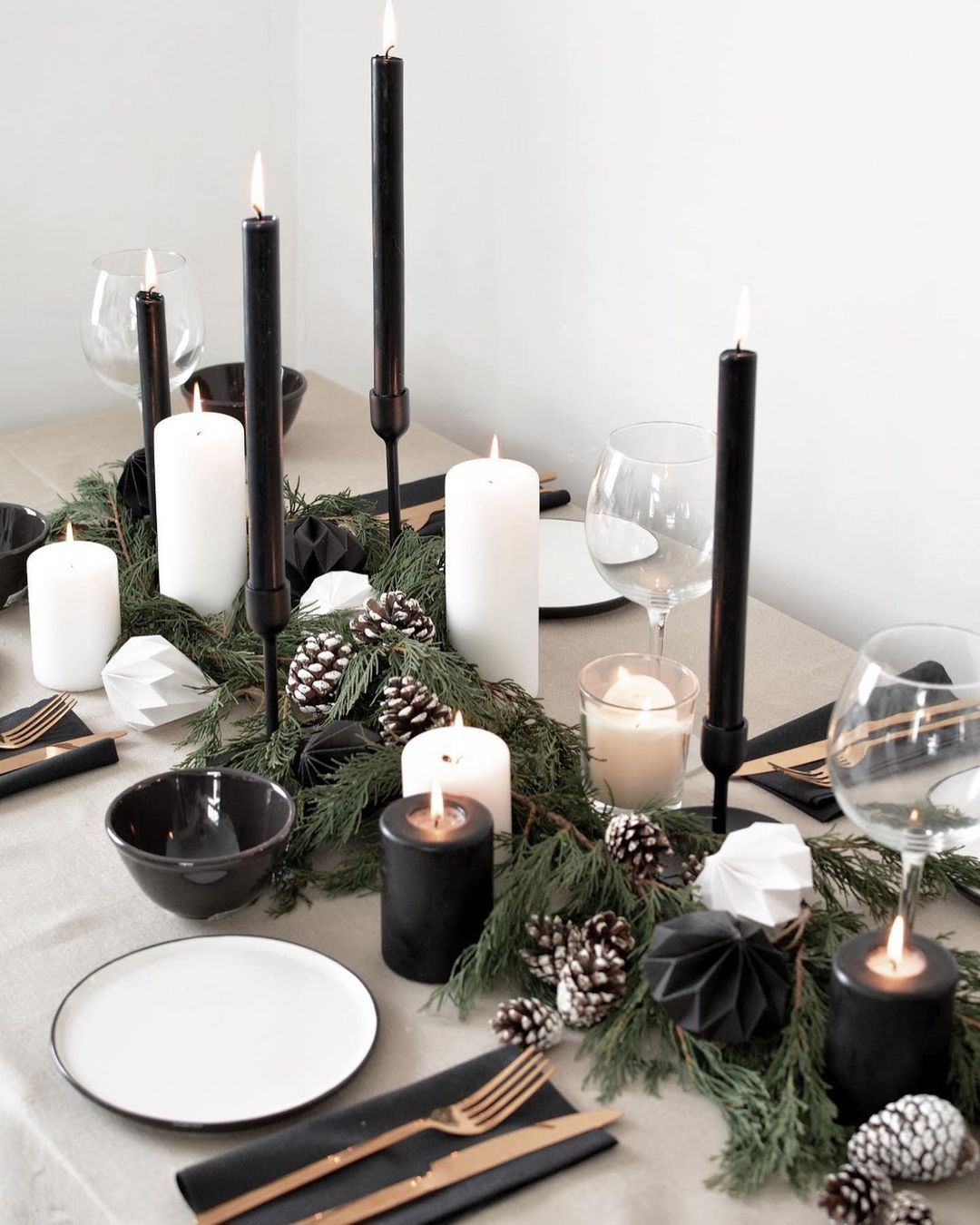 56 WONDERFUL AND CAREFUL CHRISTMAS TABLES Pictures 44