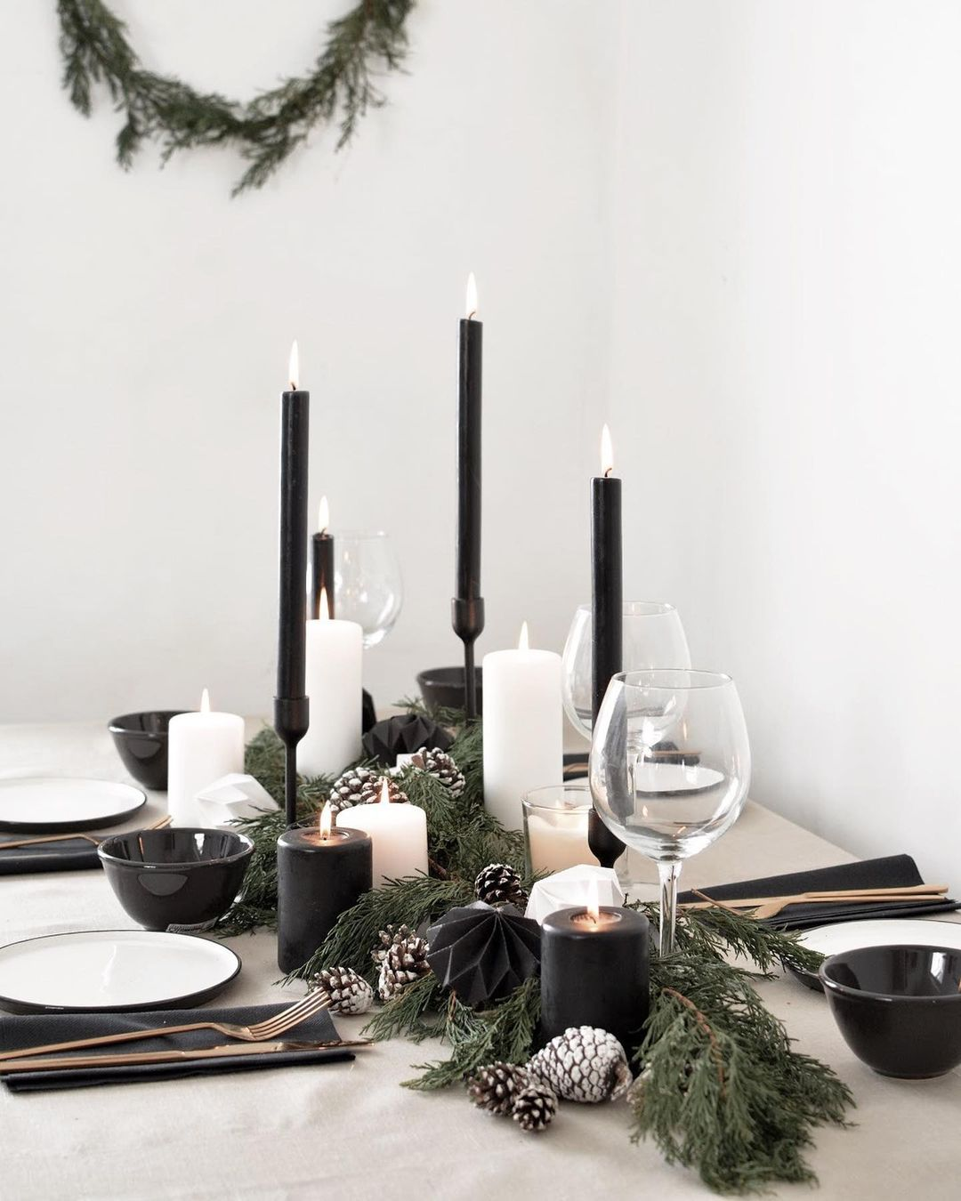 56 WONDERFUL AND CAREFUL CHRISTMAS TABLES Pictures 51