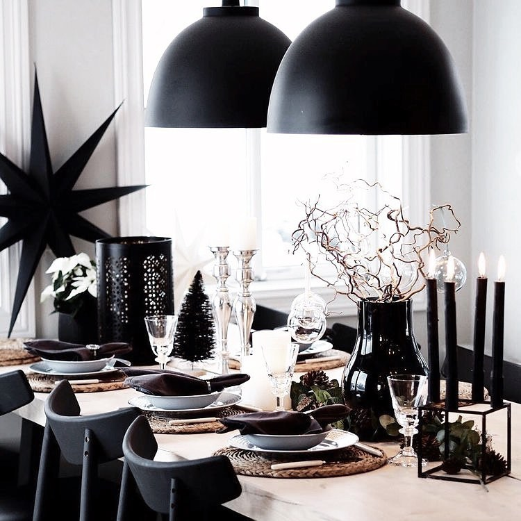 56 WONDERFUL AND CAREFUL CHRISTMAS TABLES Pictures 52
