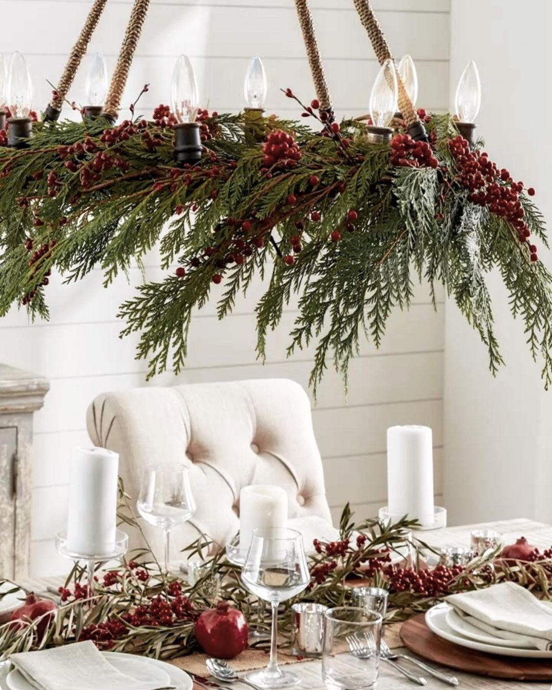 56 WONDERFUL AND CAREFUL CHRISTMAS TABLES Pictures 56