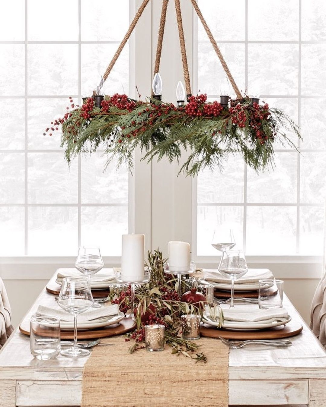 56 WONDERFUL AND CAREFUL CHRISTMAS TABLES Pictures 60