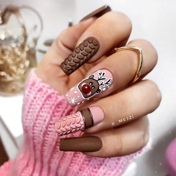 Best Nail Ideas for Christmas 2020 Picture 11