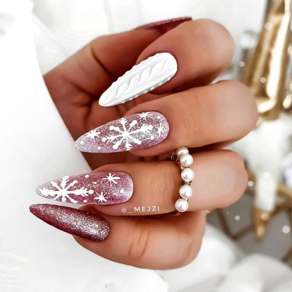 Best Nail Ideas for Christmas 2020 Picture 17