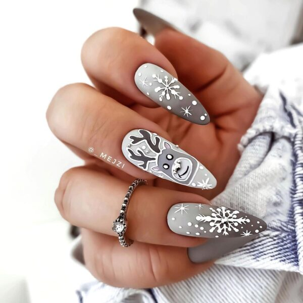 Best Nail Ideas for Christmas 2020 Picture 26