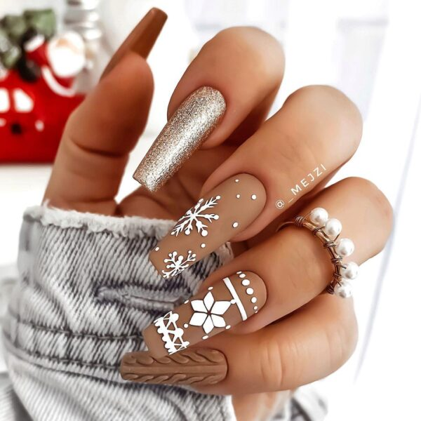 Best Nail Ideas for Christmas 2020 Picture 27