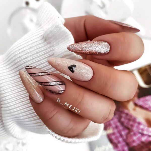 Best Nail Ideas for Christmas 2020 Picture 29