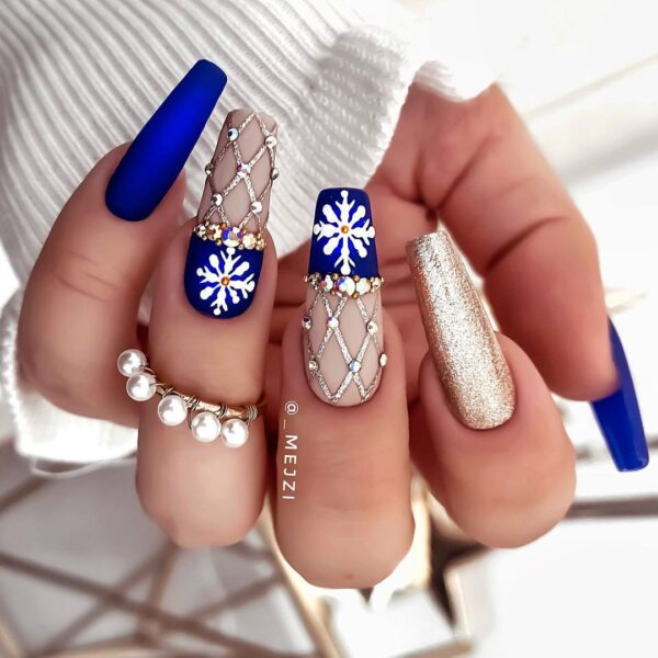 Best Nail Ideas for Christmas 2020 Picture 38