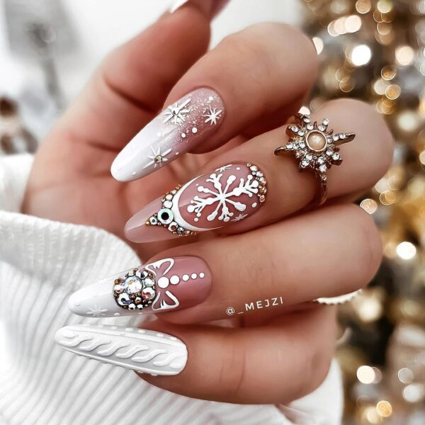 Best Nail Ideas for Christmas 2020 Picture 42