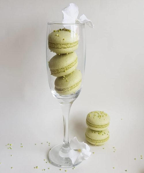Small Desserts Made With Love and Macaron 138