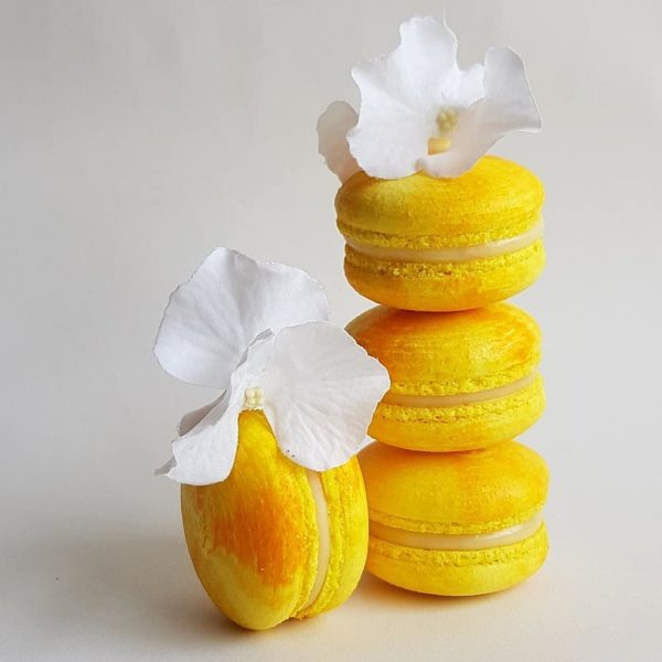 Small Desserts Made With Love and Macaron 148