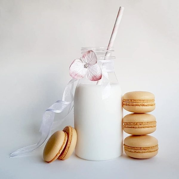 Small Desserts Made With Love and Macaron 149