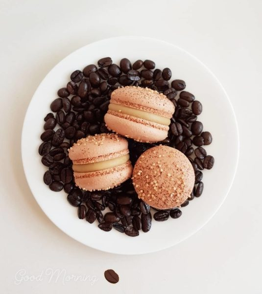 Small Desserts Made With Love and Macaron 183