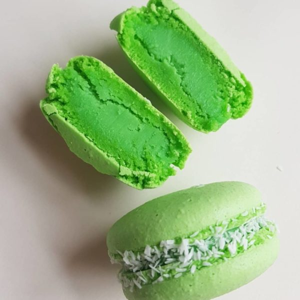 Small Desserts Made With Love and Macaron 194