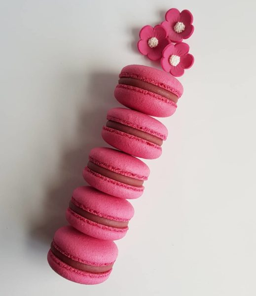 Small Desserts Made With Love and Macaron 232