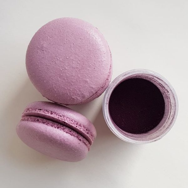 Small Desserts Made With Love and Macaron 246