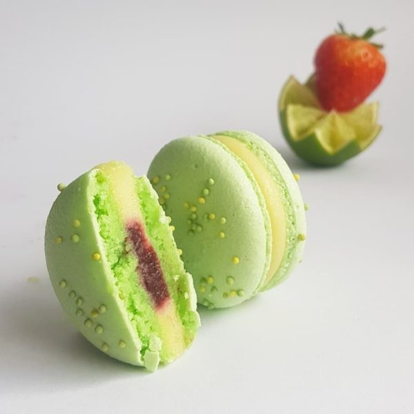 Small Desserts Made With Love and Macaron 263
