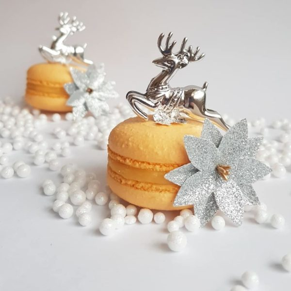 Small Desserts Made With Love and Macaron 307
