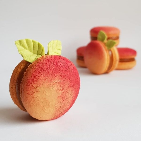 Small Desserts Made With Love and Macaron 318