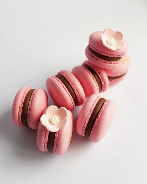 Small Desserts Made With Love and Macaron 455