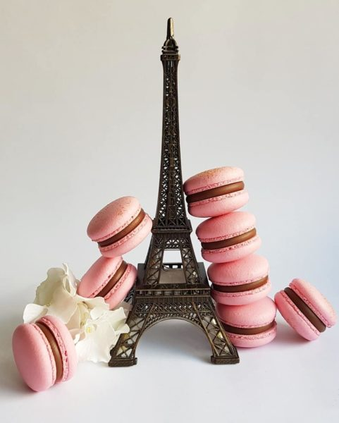 Small Desserts Made With Love and Macaron 464