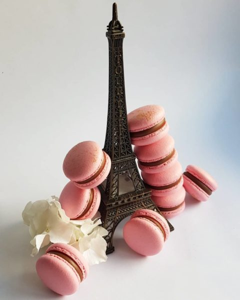 Small Desserts Made With Love and Macaron 470